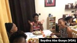A Dakar, des Américains et des Sénégalais fêtent ensemble Thanksgiving.