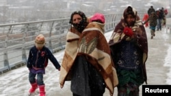 Kêu gọi đóng góp của Liên Hiệp Quốc để giúp đỡ 12,2 triệu người Syria cần trợ giúp khẩn cấp vẫn như 'cơn gió thoảng'.