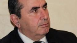 Vəkil: Polad Aslanov aclıq edir