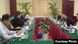 တရုတ္အထူးကိုယ္စားလွယ္ ျမန္မာေျမာက္ပိုင္းလက္နက္ကိုင္ေတြနဲ႔ ေတြ႔ဆံု (northern alliance - burma)