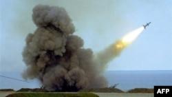 Учебные стрельбы ПВО Украины в Крыму. Старт ракеты C-75. Архивное фото.
