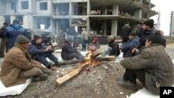 Rossiyada milllionlab o'zbekistonliklar mehnat qilib, vatandagi oilasini boqadi.