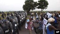 له دهمی ئامادهکاریـیهکان بۆ ههڵبژاردنهکانی کۆماری کۆنگۆی دیموکرات توندوتیژی ڕوودهدهن