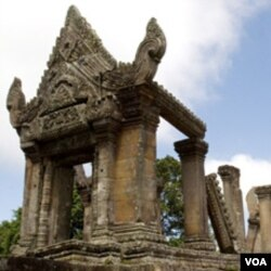 Vihara Preah yang telah berumur 900 tahun, menjadi sengketa antara Kamboja dan Thailand.
