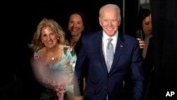 Mantan Wakil Presiden Joe Biden meraih kemenangan di South Carolina.