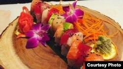 Hasil kreasi sushi dari chef Rahman Pananto (dok: Rahman Pananto)