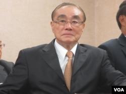 台湾国防部长冯世宽在立法院外交及国防委员会的质询会上。 (美国之音张永泰拍摄 2017年11月22日)
