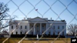 Le président Barack Obama devrait promulguer la loi budgétaire approuvée jeudi par la Chambre des représentants