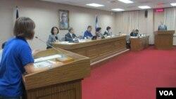 台湾立法院外交及国防委员会10月5号质询的情形