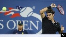 Con 33 años y decidido a conseguir una 18va corona de Grand Slam, Federer completó la novena remontada de su carrera tras ceder los primeros dos sets.