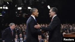 Obama i Mit Romni uoči prošlonedeljne debate pred televizijskim kamerama