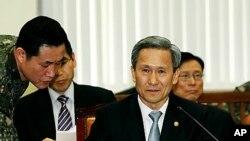 김관진 한국 국방장관 (자료사진)