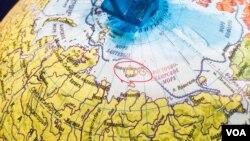红圈所示为新西伯利亚群岛。