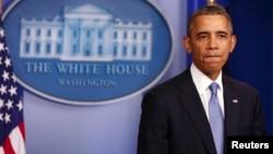 El presidente Barack Obama ha decidido quedarse en casa y no asistirá a la cumbre de la APEC en Brunei, debido al cierre del gobierno.