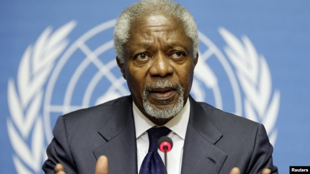 Joint Special Envoy of the United Nations and the Arab League for Syria Kofi Annan gestures during a news conference after the meeting of the Action Group on Syria at the United Nations European headquarters in Geneva, June 30, 2012.