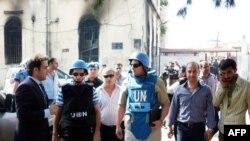Toán thanh sát viên LHQ tới thị sát thị trấn al-Haffe trong tỉnh Latakia, ngày 14/6/2012