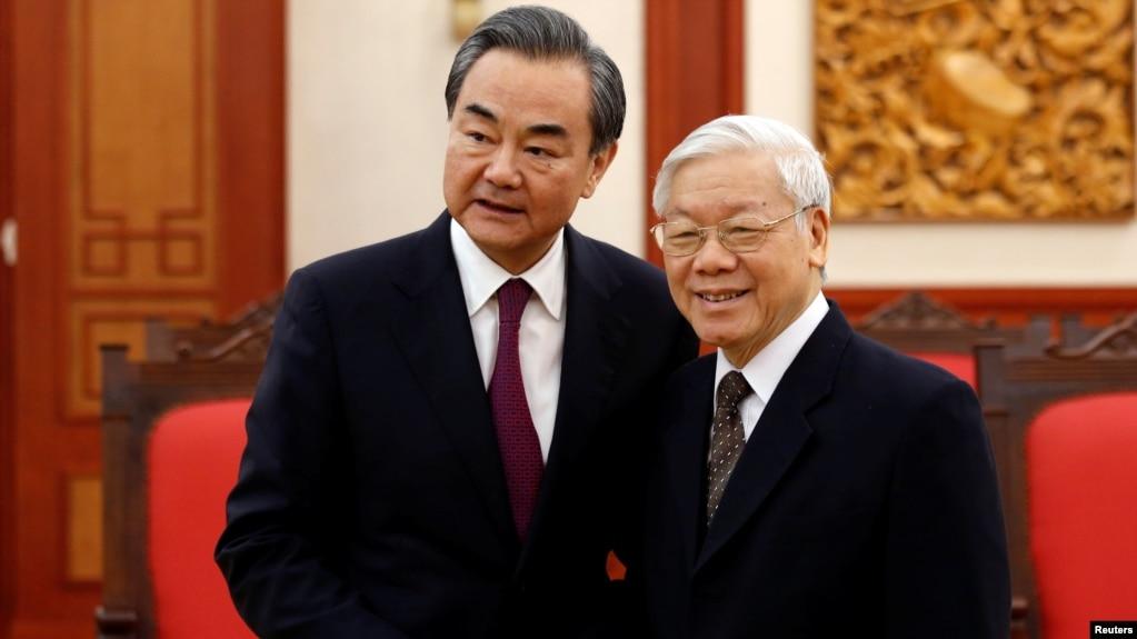 Ngoại Trưởng Trung Quốc, Vương Nghị, gặp Tổng Bí Thư Nguyễn Phú Trọng tại Hà Nội, ngày 2/4/2018.