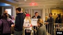 共和黨候選人川普的支持者(美國之音方正拍攝)