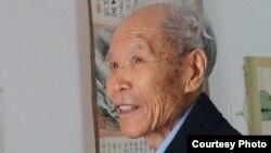 原福建社会科学院院长李洪林