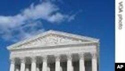 La Cour suprême a statué qu'une fois qu'on l'a informé de ses droits, un suspect se doit de déclarer clairement qu'il souhaite garder le silence