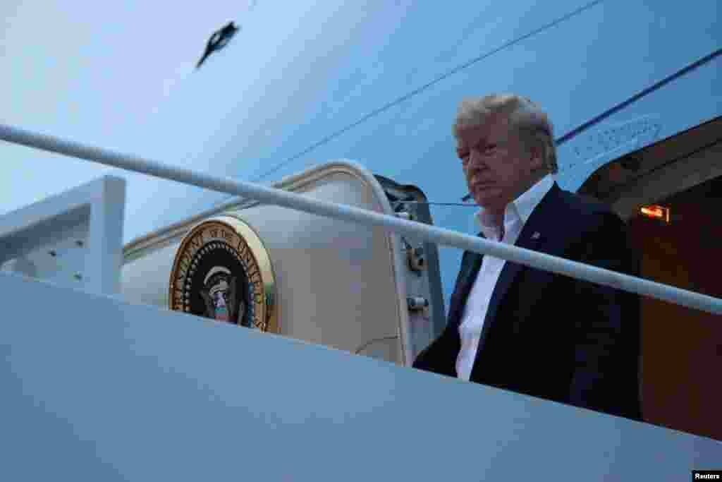 پرزیدنت ترامپ پس از موفقیت در دیدار تاریخی با رهبر کره شمالی که نتیجه آن امضای توافقی بود که در چارچوب آن پیونگ یانگ تسلیحات اتمی خود را نابود خواهد کرد، به آمریکا بازگشت.