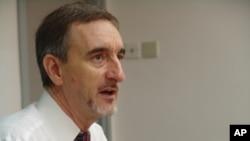 柯布雷,语言学家,日本冲绳大学教授