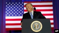 9月27日川普總統在印第安納州的首府印地安納波里斯,美國農場局大樓發表演說,宣佈自己的稅制改革政策。