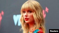 Taylor Swift en la entrega de los 2019 MTV Music Video Awards. Prudential Center, Newark, New Jersey, 26-8-19. REUTERS/Andrew Kelly.