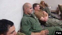 تفنگداران دریایی آمریکا که توسط سپاه دستگیر شدند، یک روز در ایران بازداشت ماندند.