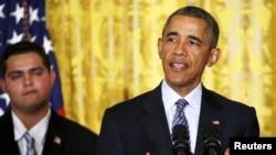 3일 백악관에서 바락 오바마 미국 대통령이 탄소배출량을 줄이기 위한 청정전력계획을 발표하고 있다.