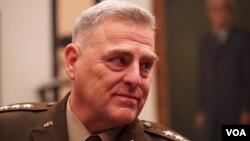 美軍參謀長聯席會議主席米利上將(General Mark Milley)(美國之音黎堡2020年2月26日攝)