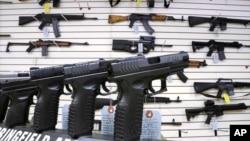 Chicago abrió nuevamente las puertas para que sus ciudadanos puedan portar armas de asalto sin restricciones.