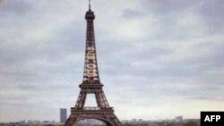 Bomba İhbarı Üzerine Kapatılan Eyfel Kulesi Yeniden Açıldı