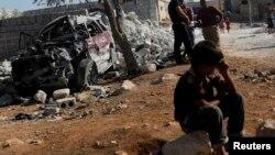 Un ataque aéreo de EE.UU. destruyó parte de la ciudad siria de Kfredrian, en la provincia de Idlib, como parte de su esfuerzo por debilitar a los terroristas del EI.
