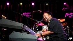 US jazz artist George Duke performing in 2009.