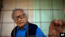 缅甸民主运动创始人之一吴温丁(资料照片)