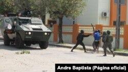 Une intervention policière dans la capitale du Mozambique, le 9 octobre 2015.