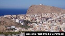 La ville marocaine d'Al Hoceima, août 2004.