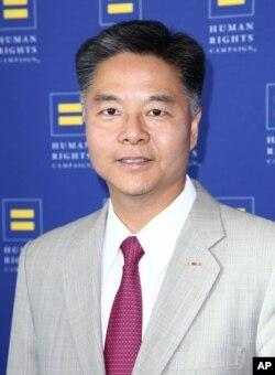 конгресмен Тед Лью