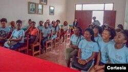 Participantes da primeira edição do projeto ELLA em São Tomé e Príncipe