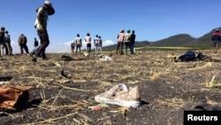 Hiện trường vụ tai nạn máy bay của hãng Ethiopian Airlines.
