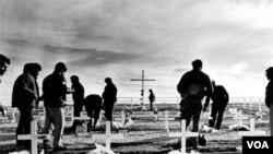 En abril de 2012 se conmemora el 30 aniversario de la guerra entre ambos países por el archipiélago.