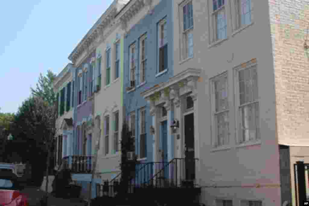 乔治城内保留了很多旧式建筑物