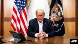 Tổng thống Donald Trump tại Trung tâm Walter Reed hôm 4/10/2020.