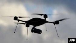 Dron, ilustrativna fotografija