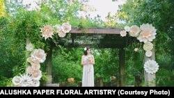 Казковий світ паперових квітів Христини Балушки. Фотогалерея