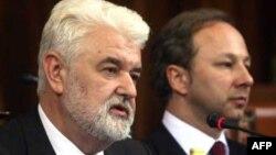 Premijer Mirko Cvetković i ministar Slobodan Milosavljević u Skupštini Srbije