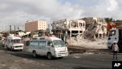 Cumartesi günkü patlamada 300'den fazla kişi hayatını kaybetti.