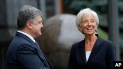 Директор-розпорядник МВФ Крістін Лаґард та президент України Петро Порошенко