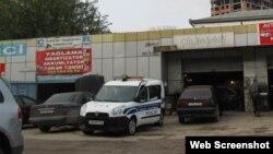 Müsavat Patiyasının binasının qarşısı (Foto basta.info saytınındır)